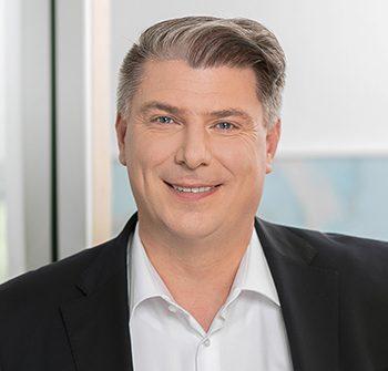 Ismael Klein, Geschäftsführer
